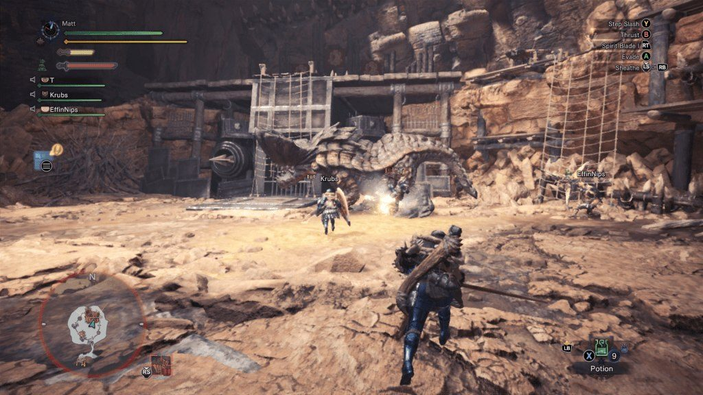 Monster Hunter World Fighting in Arena