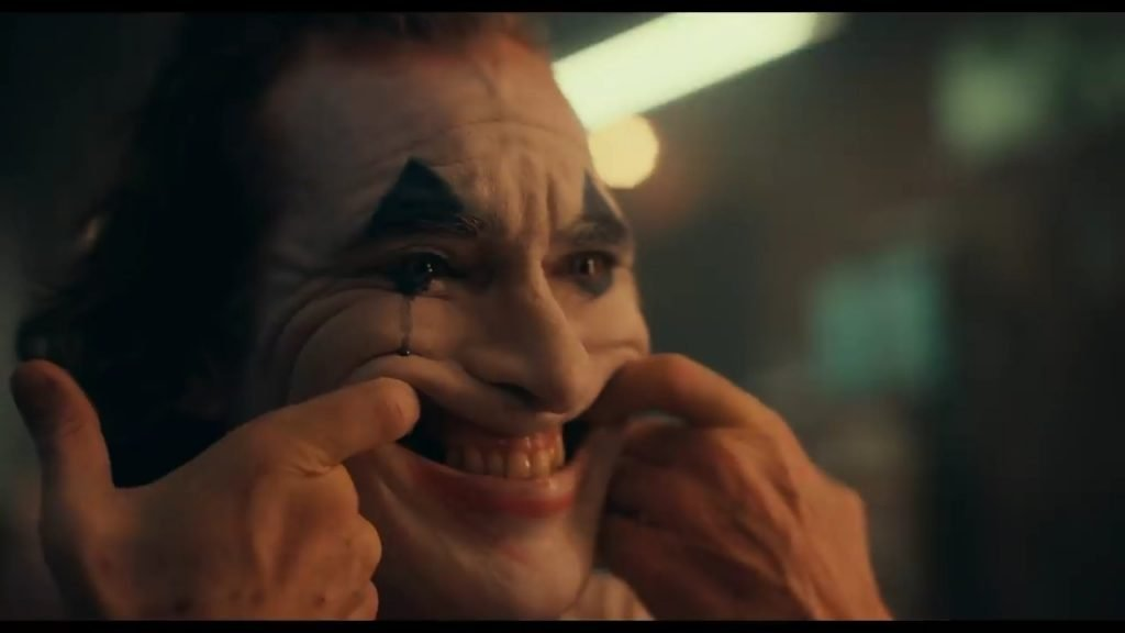 Joker Mirror Smile